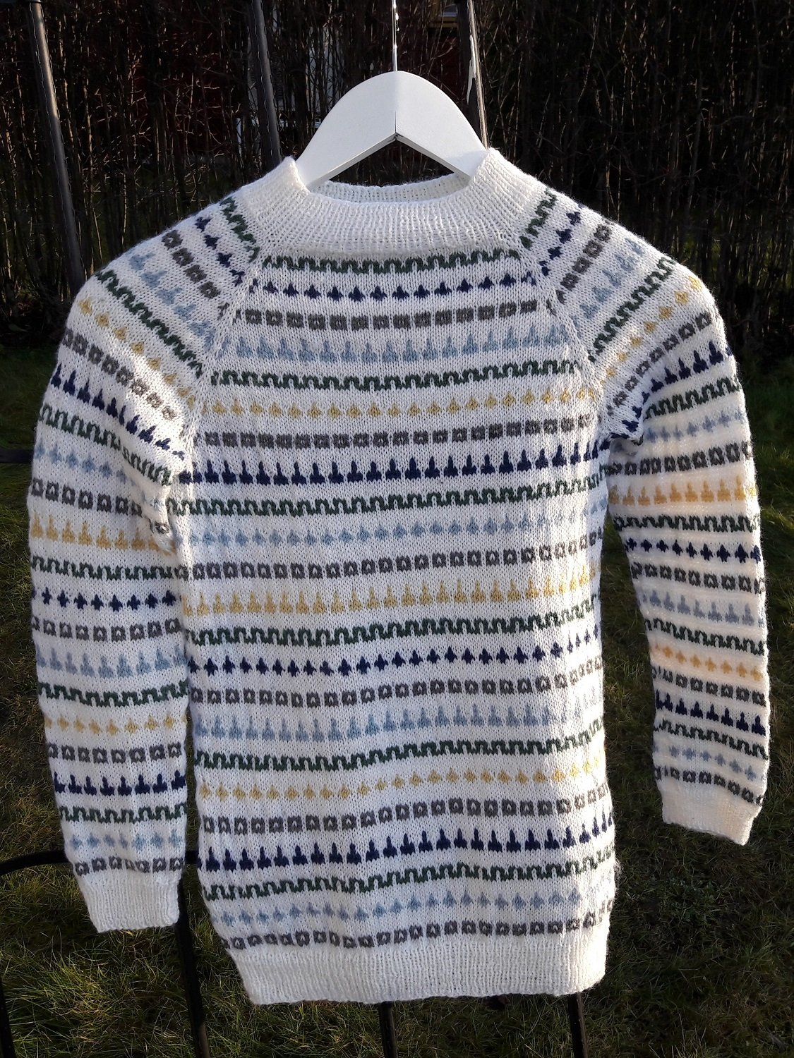 Sweater Hjemover by Aud B